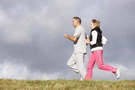 Menopoz Dönemini Rahat Atlatmak İçin Yapılması Gerekenler