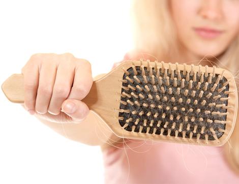 Saç Dökülmesini Engellemek İçin Ne Yapmalı?