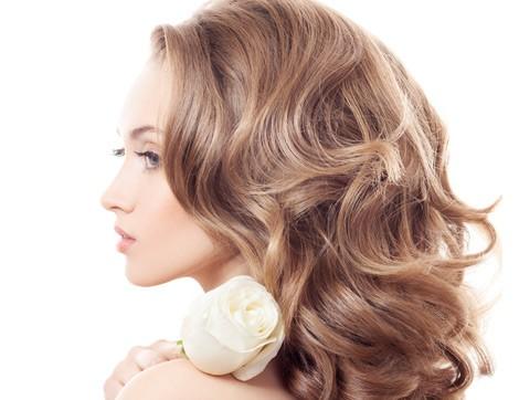 Mat Saçlar Defne Yaprağıyla Parlasın