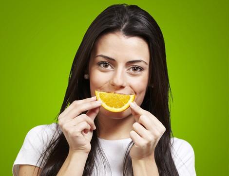 Limon Jölesiyle Saçlarınıza Doğal Şekil Verin