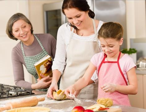Sağlıklı Anne-Kız İlişkisi İçin 7 Öneri