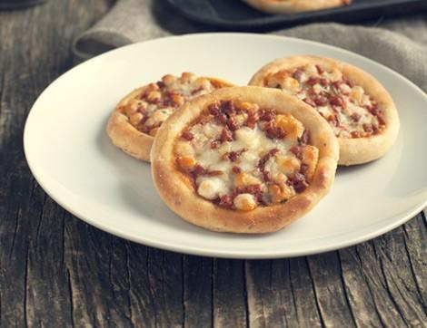 Hem Atıştırmalık Hem Acılı Mini Pizza
