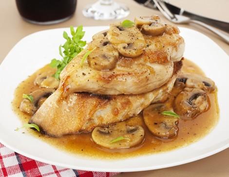 Akşam Yemeği için Nefis Soslu Tavuk Tarifleri