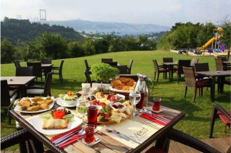 İstanbul İftar Mekanları Messt Cafe Restaurant
