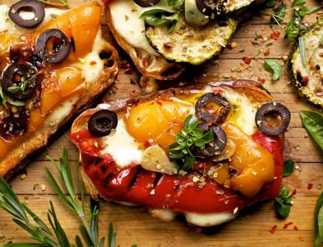 Sebzeli Ekmek Pizzası Tarifi
