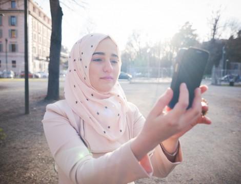 Özçekim ve Selfie uygulamaları