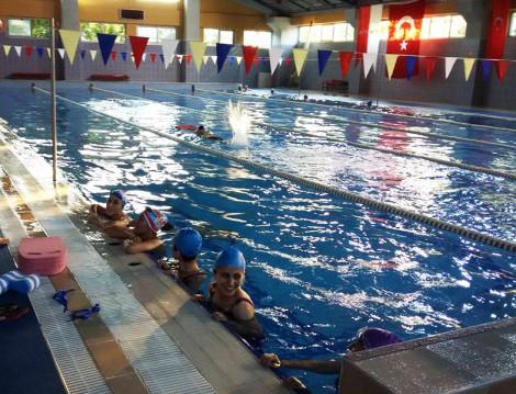 İstanbul'daki Yüzme Havuzları Yakacık