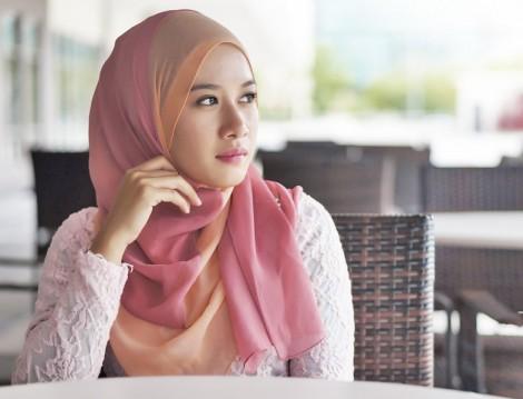 Tesettür Cilbab Nedir