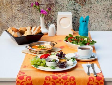 Alkolsüz Kahvaltı Mekanları Süt Yumurta Reçel