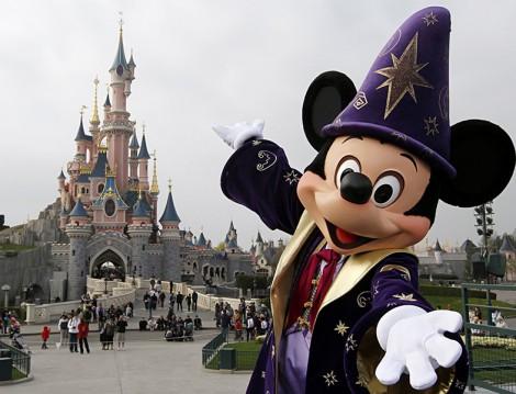 Sonbaharda Disneyland Tatili