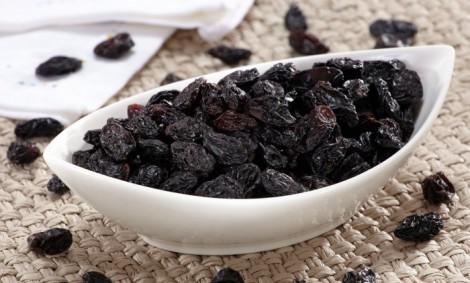 Hadislerde Tavsiye Edilen Kurutulmuş Besinler- Kara Üzüm