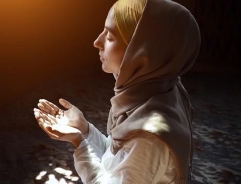 Aşure Günü Kılınacak Namazlar ve Dualar