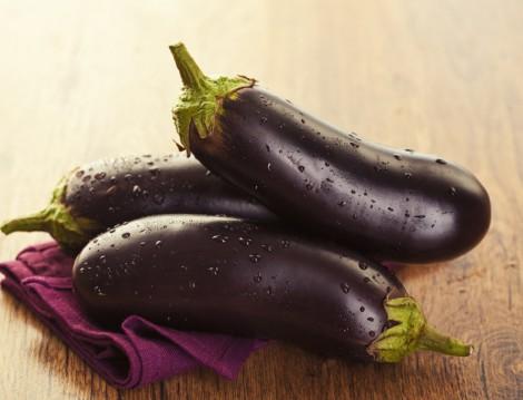 Fırında Beşamel Soslu Kıymalı Patlıcan Tarifi