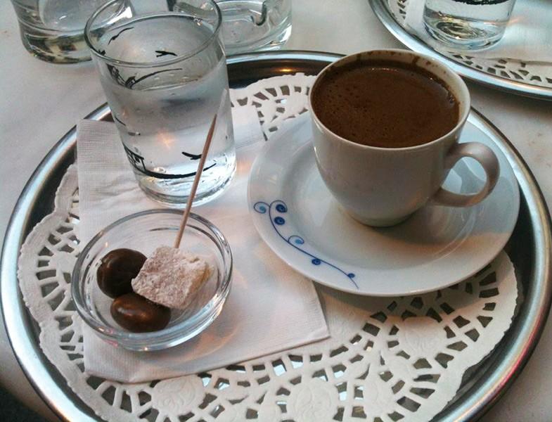 Niyazi Bey'in Türk Kahvesi ile ilgili görsel sonucu