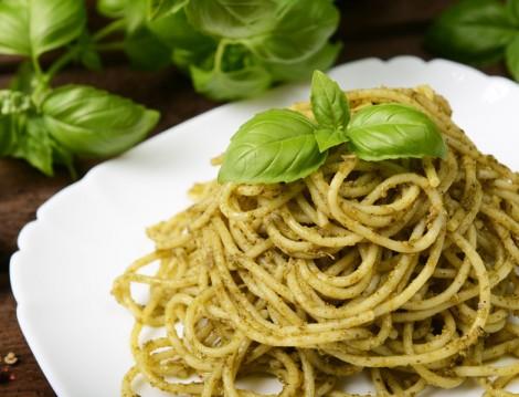 Pesto Soslu Spagetti Tarifi