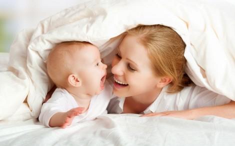 Pratik Bebek Emzirme Pozisyonları