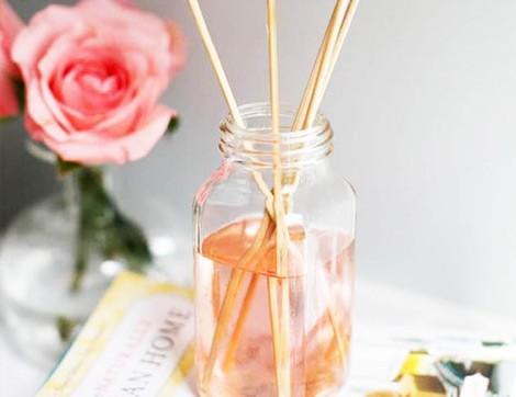 Bahar Çiçekleriyle Doğal Oda Kokusu Yapımı