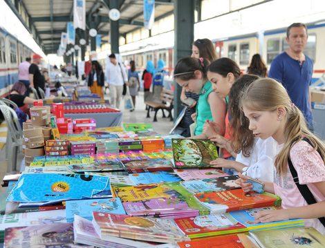 Haydarpaşa Tren Garında Kitap Günleri