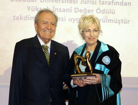 Yüksek İnsani Değerler Ödülleri (Prof.Dr. Agop Kotoğyan)