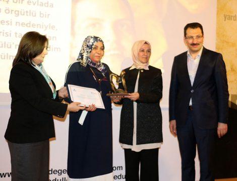 Yüksek İnsani Değerler Ödülleri (Saniye Altakhan)