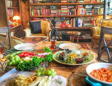 Antikacı Dükkanı Gibi Bir Cafe: Müzelik