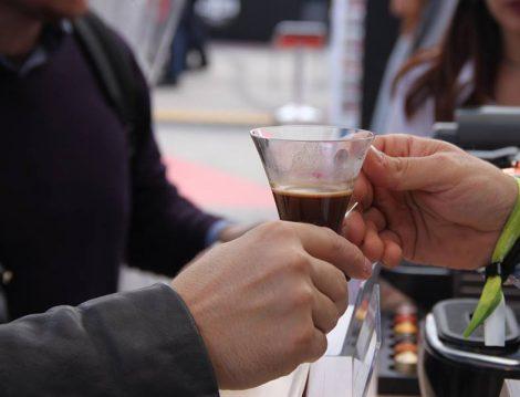 Kahvede Trend Cama Kaydı