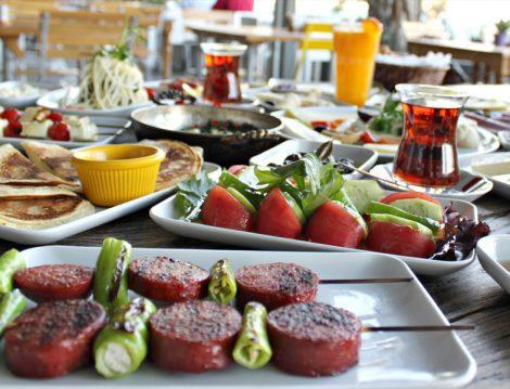 İstanbul Alkolsüz Kahvaltı Mekanları