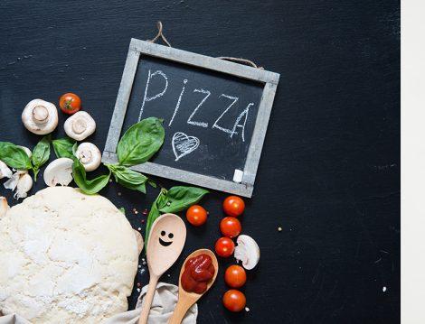 Bol Peynirli Ev Yapımı Pizza Tarifi