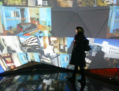 'Mimarlığın Ses ve Işık Hali' Sergisi Ziyaretçi Akınına Uğradı