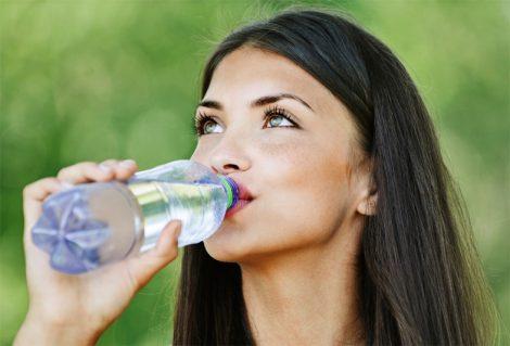 Sorun Ağız Kokusuysa Önlemi Su İçmek