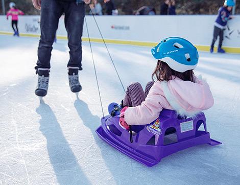 Türkiye'nin En Büyük Açık Hava Buz Pistinde Eğlence Başlıyor!