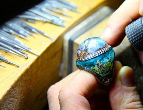 İstanbul'un Varlığıyla Eşsiz Simgeleri Göz Alıcı Mücevherlere Dönüştü