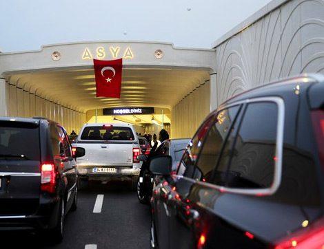 Ulaşımda Çığır Açan Avrasya Tünelinden Araç Geçişi Başladı