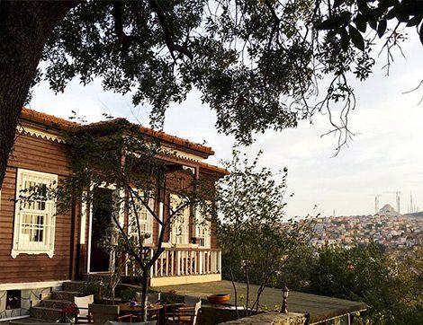 Abdülhamid Han'ın Torunu Nilhan Sultan'ın Çengelköy'deki Huzurlu Mekanı