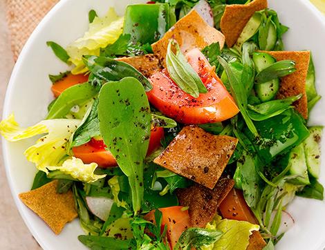 Lezzetli ve Doyurucu Bir Arap Salatası Fettuş Tarifi