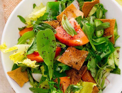 Doyurucu ve Lezzetli Arap Salatası Fettuş Tarifi