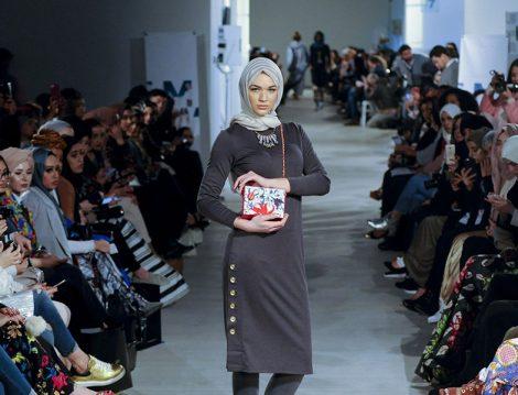 Londra Moda Haftası İlk Muhafazakar Modacılarını Ağırlıyor