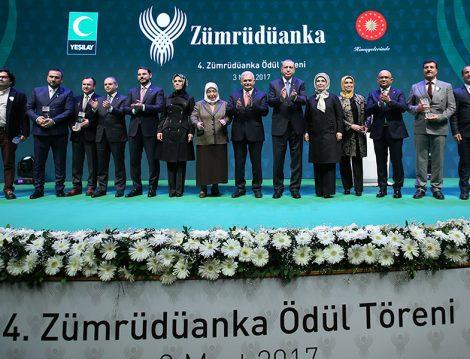 Yeşilay'ın Düzenlediği Zümrüdüanka Ödülleri Sahiplerini Buldu