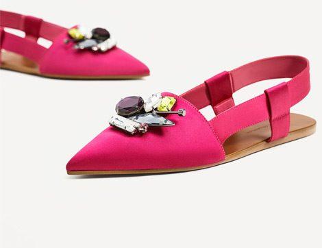 Taş Süslemeli Ayakkabılarla Işıltılı Adımlar