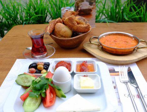 Türkiye'nin Çay Evi Zinciri Çayla'dan Enfes İftar Menüleri
