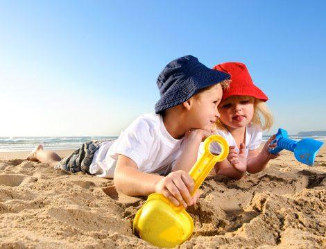 Çocuğunuza Yemek-Güneş-Uyku Yerine Tablet-PC Tatili Yaptırmayın