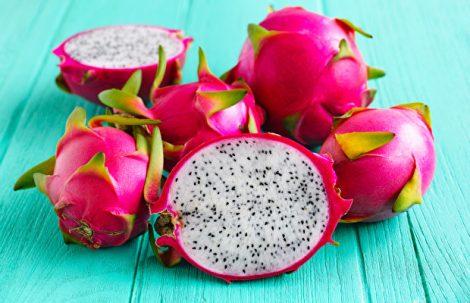 2017'nin 20. İftar Menüsüne Dragon Meyvesiyle Renklenen Sütlü Kup Tarifi