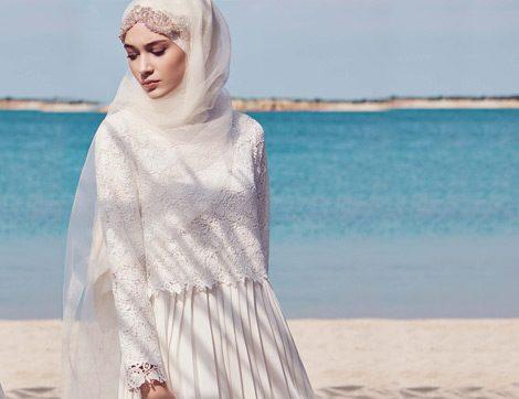 Yaz Mevsiminin Favori Parçası Beyaz Elbiseler Nasıl Kombinlenir?