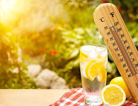 Güneş Çarpmasına Karşı En Az İki Litre Su!