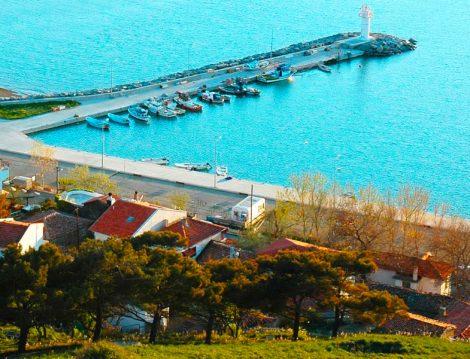 Masmavi Deniziyle Türkiye'nin En Güzel Adalarından Biri Gökçeada