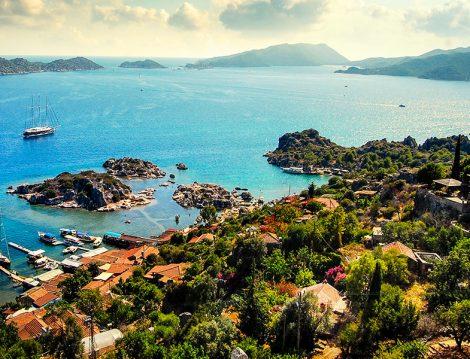 Masmavi Deniziyle Türkiye'nin En Güzel Adalarından Biri Kekova