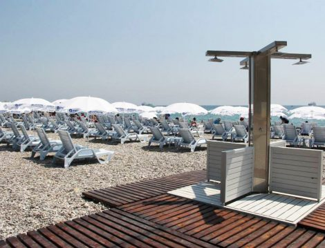 Tatile Gitmeden Serinlemek İsteyenler İçin Kadınlara Özel 5 Plaj Önerisi