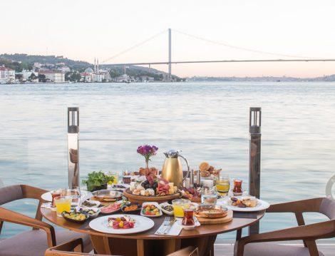 Boğaz Manzaralı Alkolsüz Mekanlar Beyaz Bosphorus