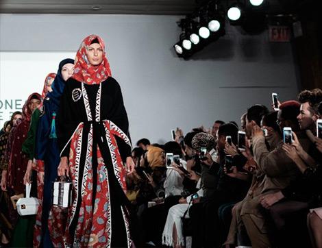 2018 New York Moda Haftasından Muhafazakar Çizgisiyle Dikkat Çeken Defileler