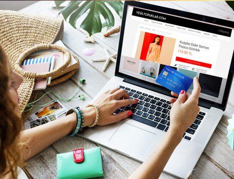 Türkiye'de En Çok Online Alışverişin Yapıldığı Gün Perşembe